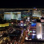 Vegas-Midnight-Eiffel-Tower-North