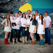 Knowles-Family-Photos-Downtown-2014-1-8x10